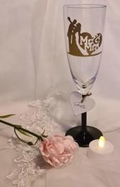 Champagneglas brudpar mr&mrs