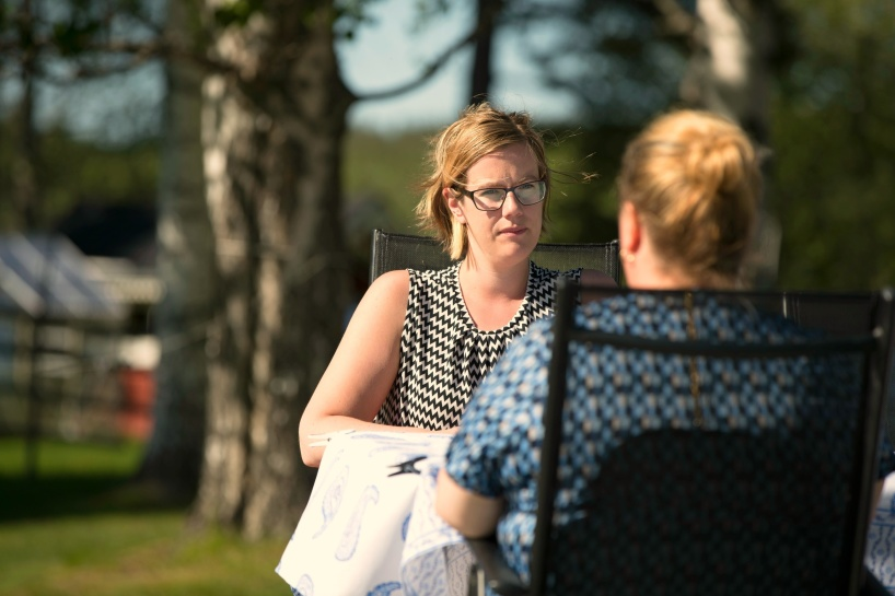Terapikund Cecilia Larsson, ställer gärna upp för att fler ska våga ta steget att söka hjälp när man inte mår bra.