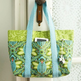Simple-Six-Pocket-Bag