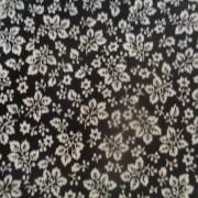 Bomullstyg svart/vit blomma (Bare Essentials)