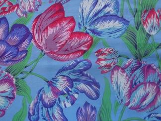 Bomullstyg blå tulpan (Tulip Extravaganza)
