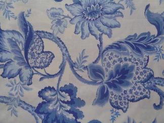 Bomullstyg blå mönster (Evelyn)