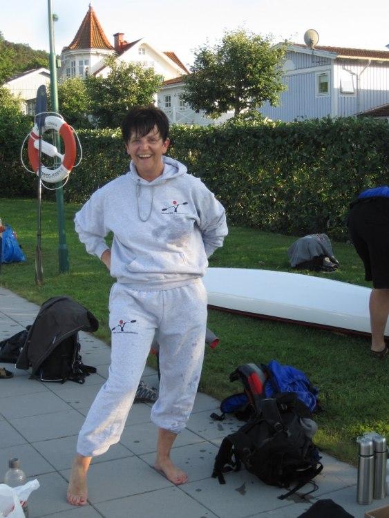 Tina i sin värmande after-paddle-suit med BBKS:s logga!