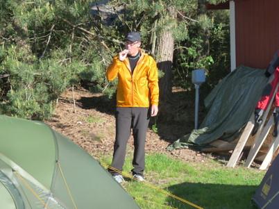 Turgubben Lars vann en vind-o regnjacka från Outdoor Research