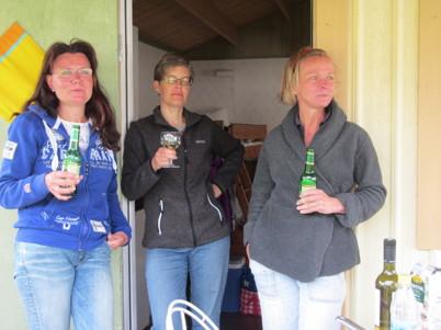 Tre kajakflickor after kajak!