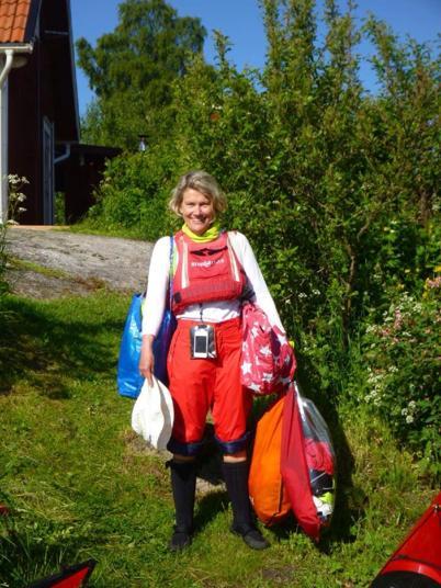 Är det en baglady? Nej det är en havskajakpaddlerska:-)        Foto: Maria D och Lars M. Text: Maria D