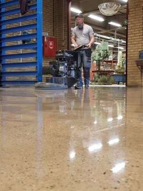 Htc Superfloor slipat betonggolv