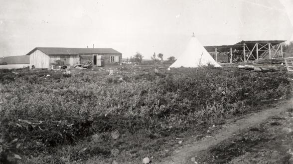 B1:an vid Luossajärvi. Foto: Oscar Olsson. 1898. Bildägare: Kiruna bildarkiv.