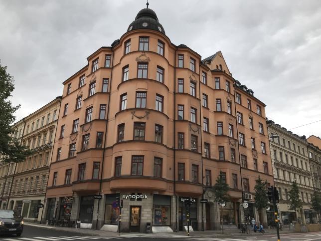 BRF Hornsgatan 39 ligger i kvarteret Mullvaden på Södermalm i Stockholm