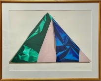 Pyramid inslagen i grönt och blått 1990 (Yrjö Edelmann)