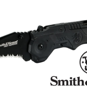 Smith & Wesson First Response