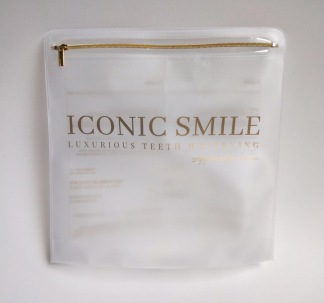 ICONIC SMILE bag -