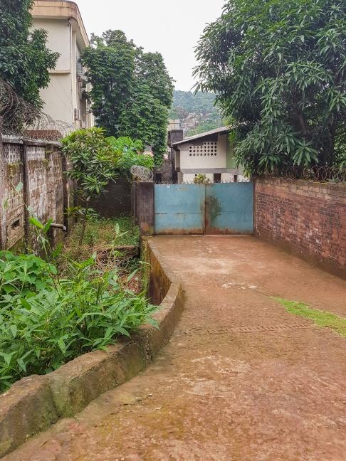 Infarten till huset på Cantonment Road