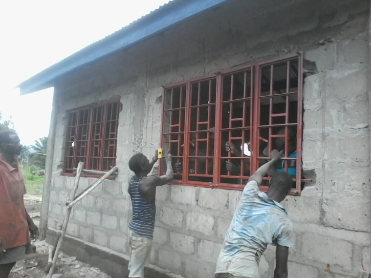 hjälparbete, afrika, bygga skola, sierra leone