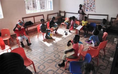 FVBU, hjälparbete, hjälporganisation, fadder, fadderverksamhet, skola, afrika