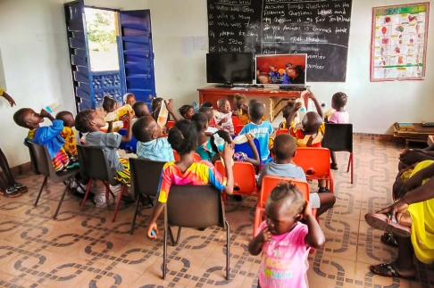 förskola, afrika, sierra leone, fvbu, fadder, fadderskap, hjälpverksamhet