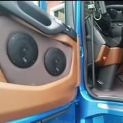 Dörrsidor passar Scania S slätklädda