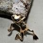 Guldgroda med svartadiamanter - Guldgroda med diamantögon