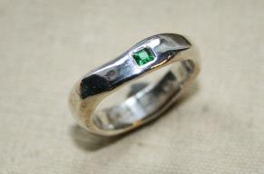 Silverring caréfattning turmalin - Silverring caréfattning grön turmalin