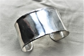 Silverarmband hammrad yta - Armband med hammrad yta