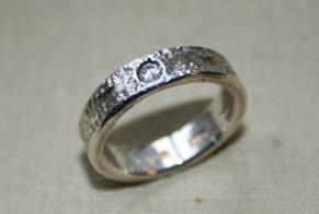 Silverring med zikonsten - Ring med zikon