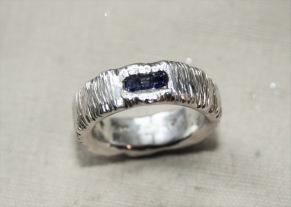Silverring safirer i kanal - Ring med safirer