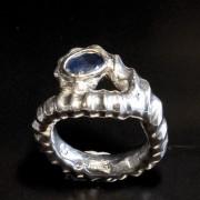 Repring silver, safir i guldfattning