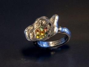 Ring silverblomma med safirer i pavéfattning - Silverblomma med safirer i pavé
