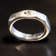 Silverring med briljanter i pavéfattning