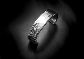 Silverarmband med motiv -