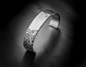 Silverarmband mönster -