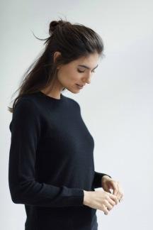 Basic sweater black - Basic sweater svart S