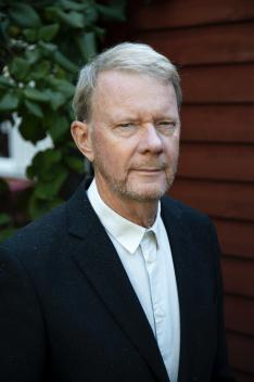 Lars Astgård är intendent på Villa Bergalid och är kontaktperson för arrangemang och högtider. Tlf 0767691057