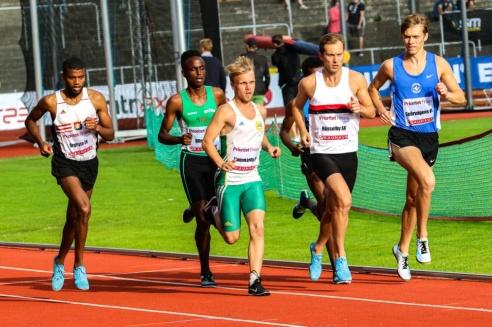Felix Davidsson-Berndtsson - 1500 m - 6:a - 4.41,80