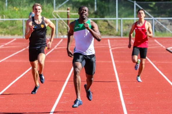 Emmanuel Dawlson - 400 meter - 1:a - 49,23