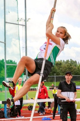 Nadja Fernström - stavhopp - 10:a - 263