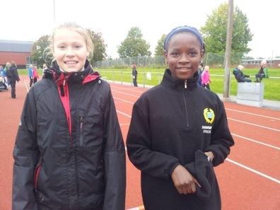 Tilda Kapell och Sira Gassama på STH-Cup 2012