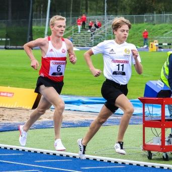 Nils Holm - 3000 meter - 6:a - 9.31,49