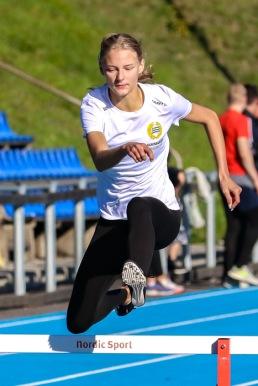 Esther Sahlqvist - 400 häck - 78,81 - 2:a