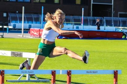 Esther Sahlqvist - 100 häck - 14,41 - 1:a