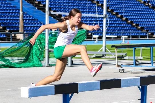 Ella Johansson - 1500 hinder - 5.12,99 - 1:a
