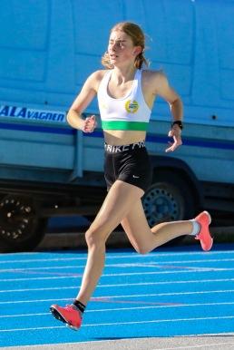 Nora Lundin - 3000 meter - 10.16,84 - 1:a