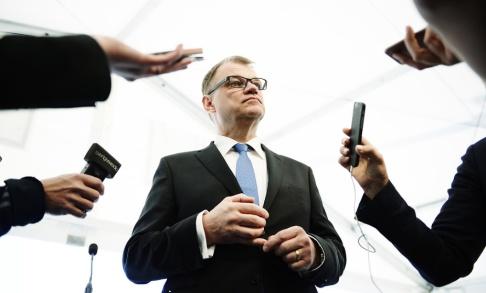 Erik Mårtensson/TT Centerpartiets ledare Juha Sipilä avgick som statsminister efter ett nederlag i riksdagen för en dryg månad sedan. Arkivbild.