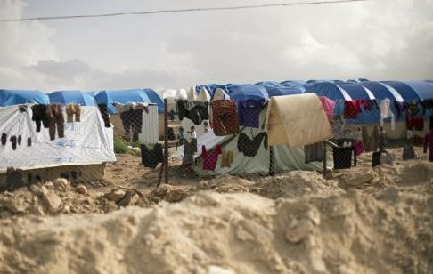 Maya Alleruzzo/AP/TT Många barn sitter i lägret al-Hol i Syrien. Upp emot ett 80-tal av dem är svenskar. Arkivbild.