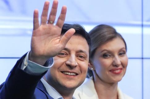 Vadim Ghirda/AP/TT Ukrainarna har röstat för tv-komikern Volodymyr Zelenskyj i presidentvalet.