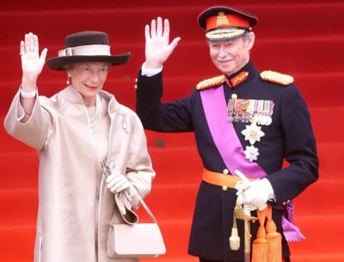 Dusan Vranic/AP/TT Luxemburgs storhertig Jean, tillsammans med sin hustru storhertiginnan Josephine-Charlotte. Arkivbild