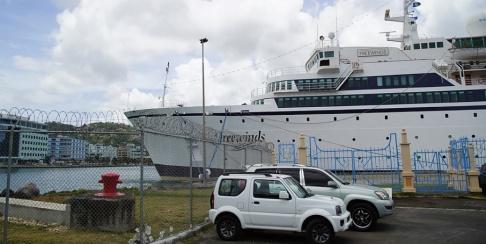 Bradley Lacan/AP/TT Kryssningsfartyget Freewinds i hamn i Castries, huvudstaden i Saint Lucia.