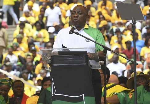 AP/TT Sydafrikas president och ANC:s ordförande Cyril Ramaphosa lanserar partiets valmanifest i Durban i januari i år. Arkivbild.