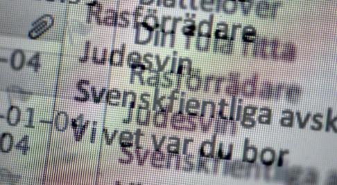 Janerik Henriksson/TT Politiker och journalister får ofta ta emot hat och hot. Arkivbild.