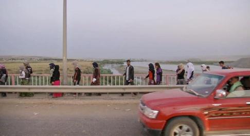 AP Photo IS mördade tusentals yazidier i Sinjar och tog över 6 000 kvinnor och flickor tillfånga och utnyttjade dem. Här yazidier som lyckats fly attacken 2014. Arkivbild.